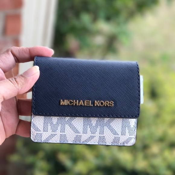 7e8a484d6fe1 Michael Kors Bags | Pvc Jet Set Card Case Id Key Holder | Poshmark